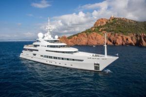 motor yachts caribbean opi naia