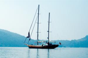 sailing yachts med opi papa joe